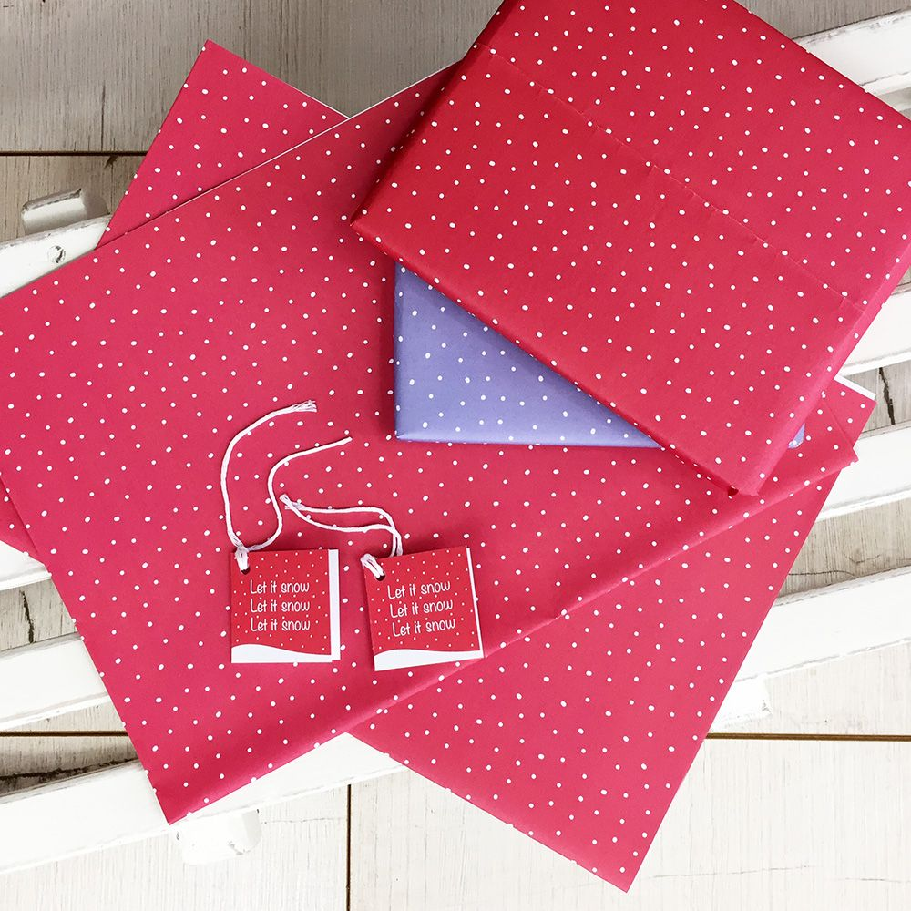 Snow flurry Christmas gift wrap & gift tags set. Red (With ...