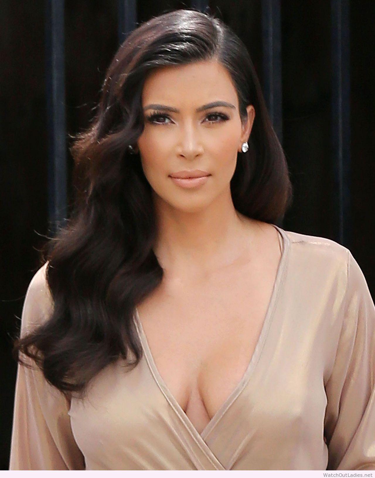 Kim Kardashian perfect waves A BEAUTY Pinterest