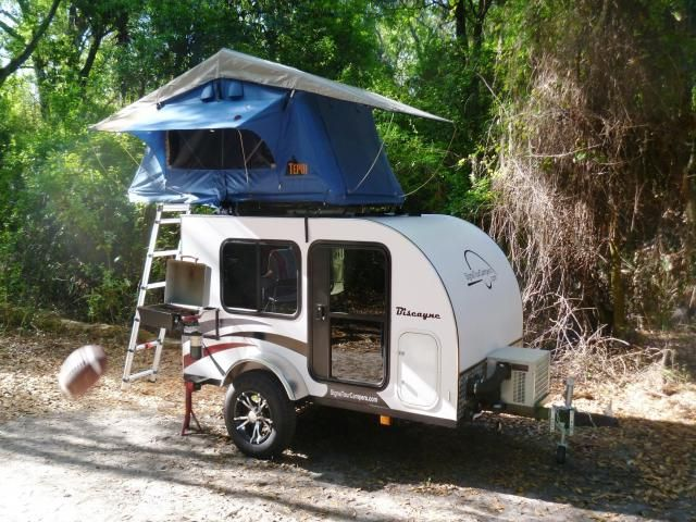 mini mit dachzelt wohnis rvs etc pinterest wohnwagen zelten und dachzelt. Black Bedroom Furniture Sets. Home Design Ideas
