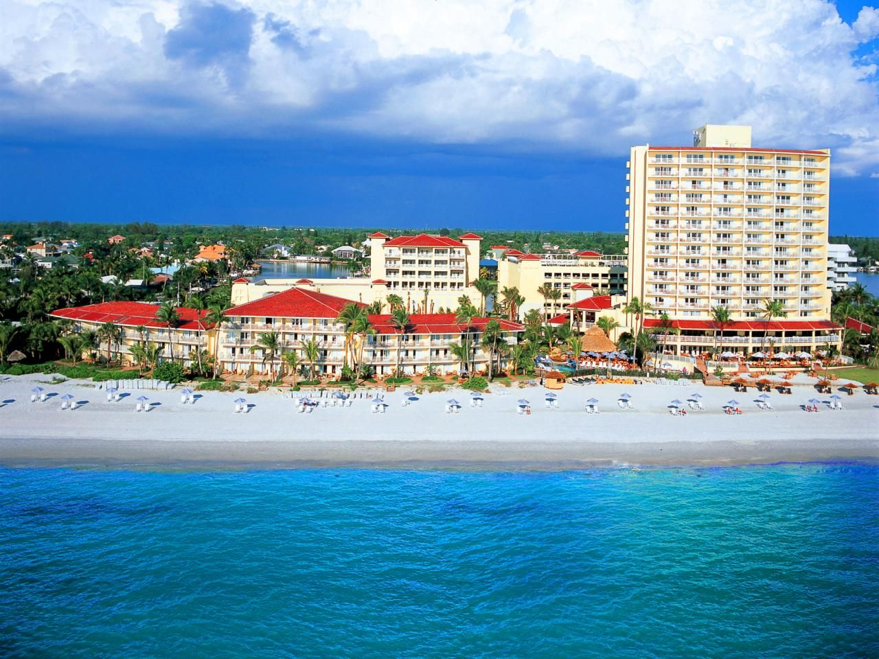 Florida 39 s best beachfront hotels florida travelchannel for Best beach vacations usa