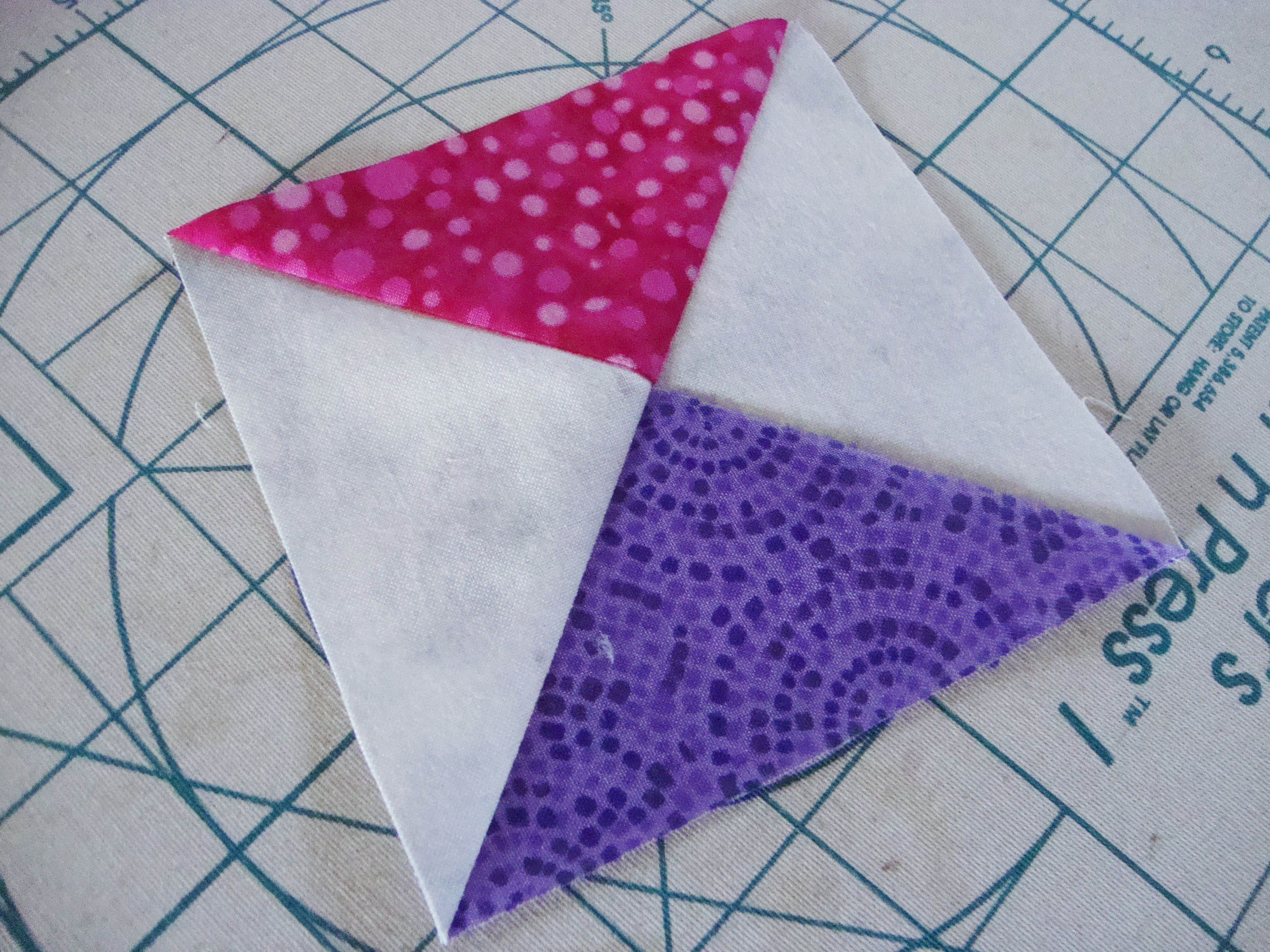 video has tips for piecing triangles that can be a nightmare ... : quilting triangles tips - Adamdwight.com