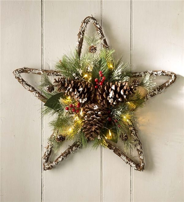 Lighted Pine Cone Star Wall Art