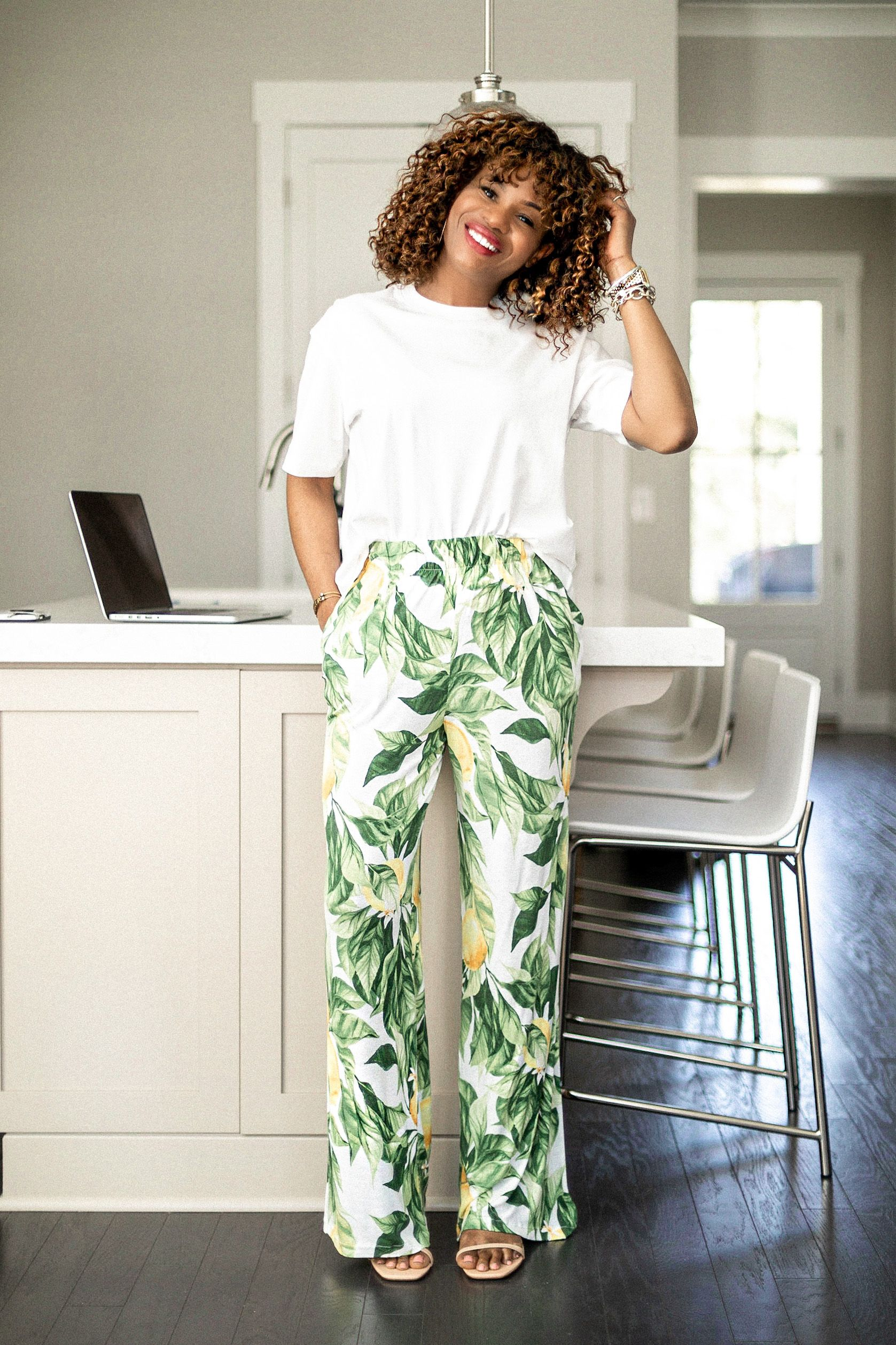 2020 Spring Trends You Can Wear At Home In 2020 Spring Fashion Trends Loungewear Outfits Summer Fashion Trends