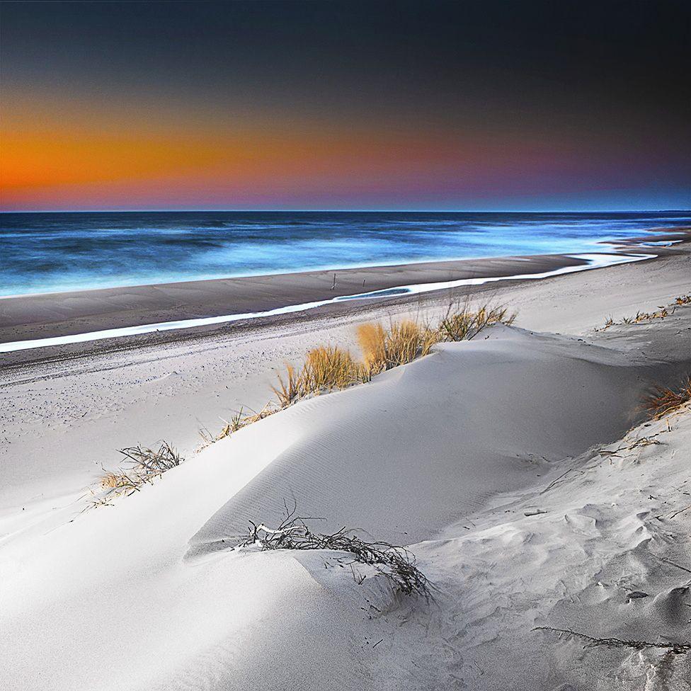 Baltic Sea, Poland by Michał Mierzejewski The World is