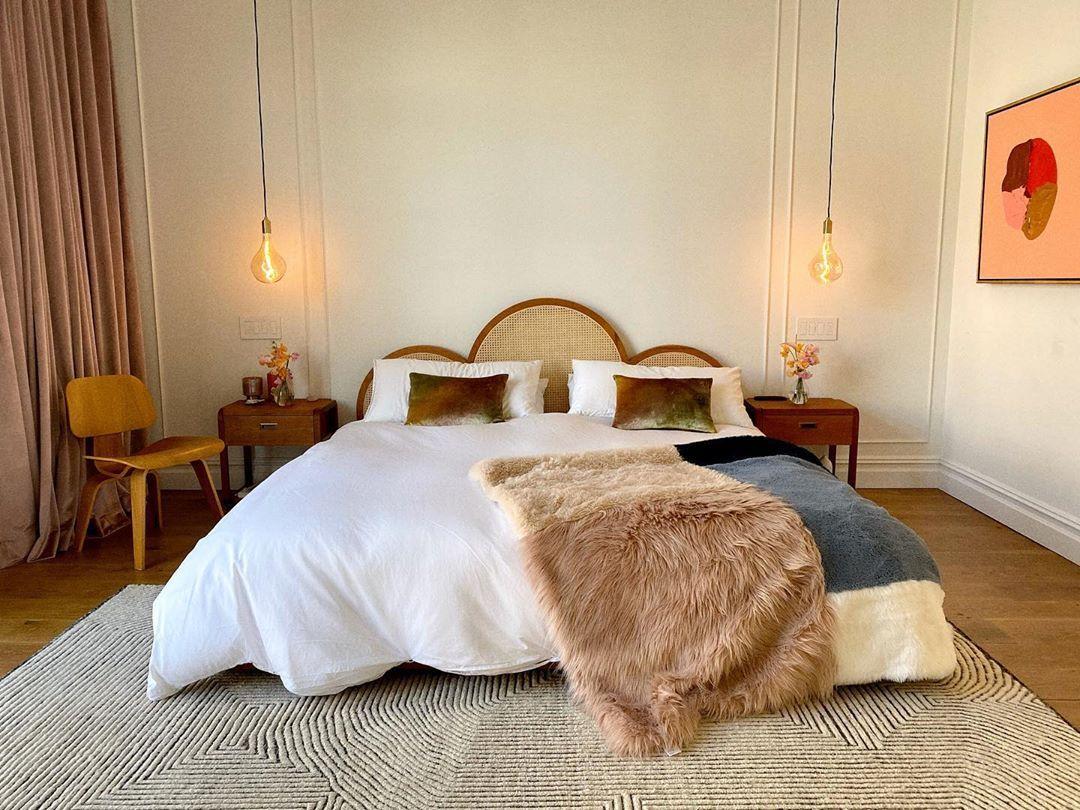 """Violette on Instagram """"I finally have a bed frame ! I"""