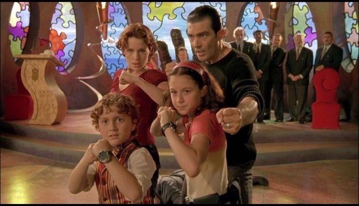Recuerdas Al Niño De Mini Espías Hoy Tiene 24 Años Y Está Saliendo Con Meghan Trainor Spy Kids Movie Spy Kids Good Comedy Movies