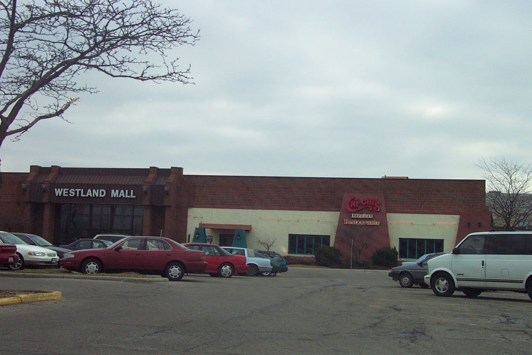 Westland Mall With Chi Chis My Mom Loved To Eat There As A Kid I Didn T Care For It I Would Rather Eat Next Door At Wendy S Abandoned Malls Westland Mall