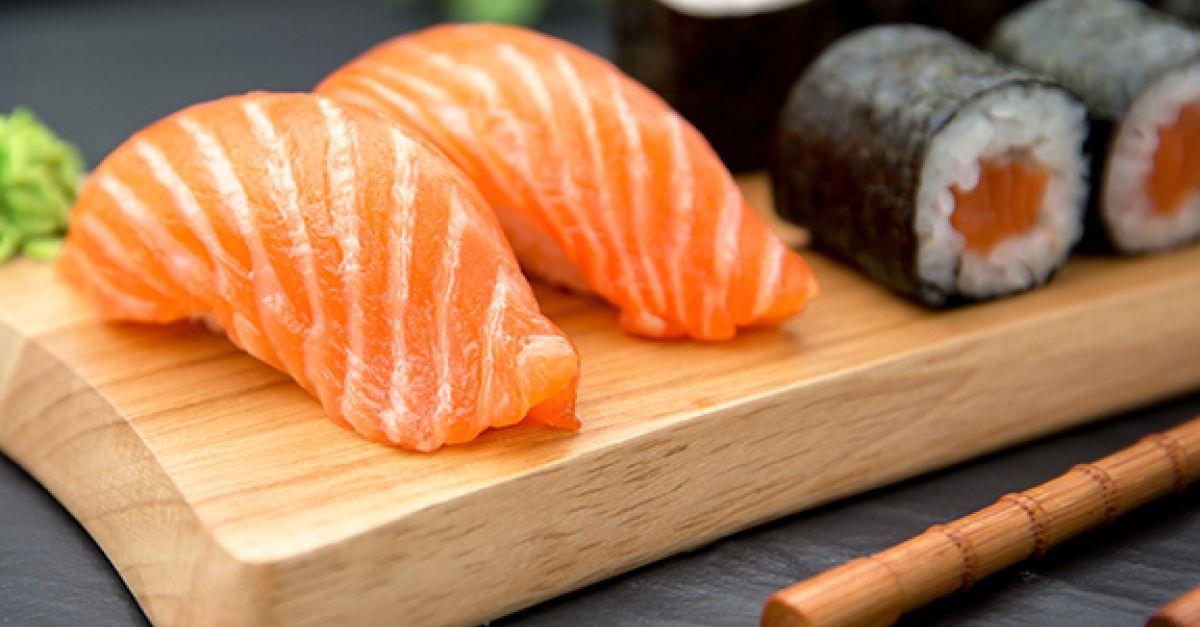 eat smarter erklart welche sushi kombis am gesundesten sind und auf welche zutaten sie lieber verzichten sollten