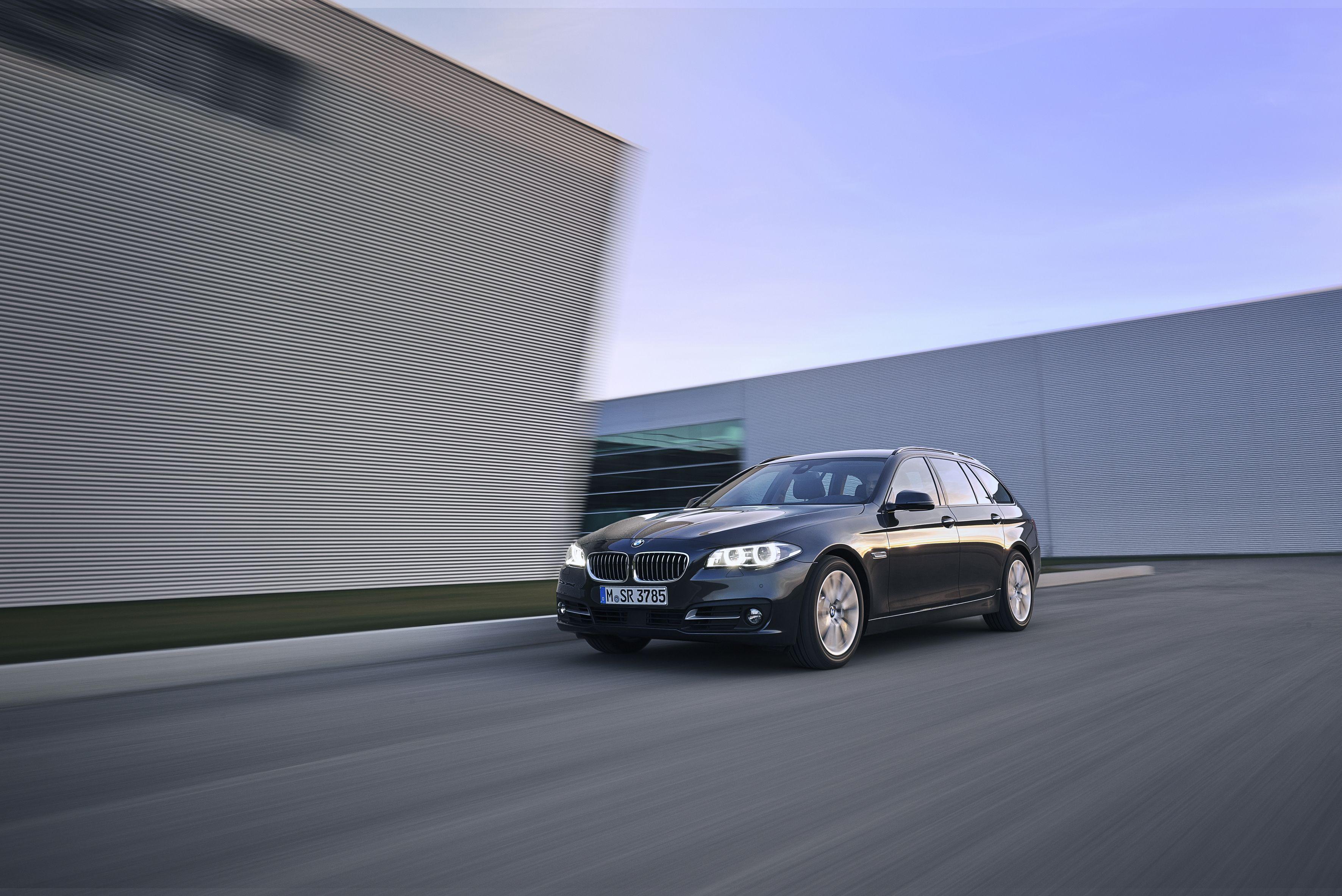 BMW F11 520d Touring MPackage LuxuryLine SportLine