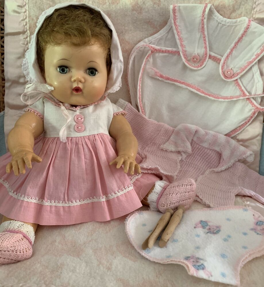 Vintage Tiny Tears 12 Rock A Bye Eyes Rubber Body With Romper Sweater Diaper Ebay Tiny Tears Doll Dolls Wood Clothes