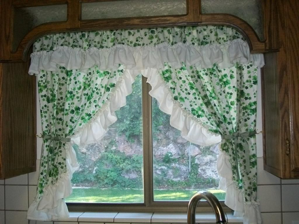 Kitchen Curtain Sewing Ideas | Sewing Ideas | Project on Craftsy ...