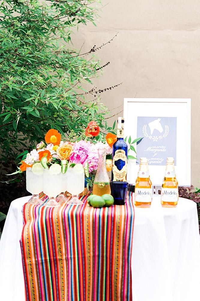 How To Decorate Wedding Taco Bar