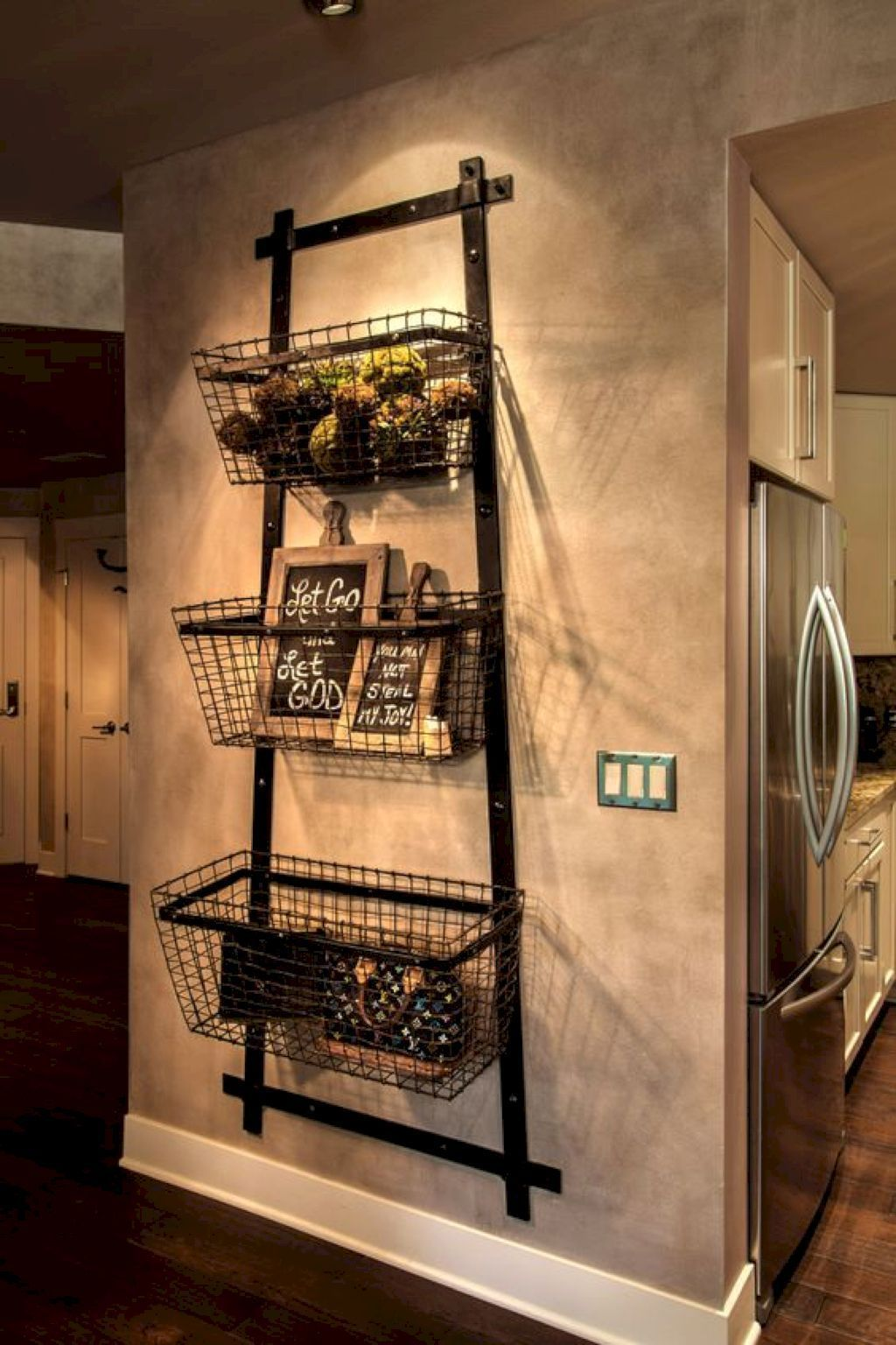 Awesome 31 Amazing Farmhouse Kitchen Decor Ideas Https Homeylife Com 31 Amazing Farmhouse Kitchen Decor Ideas Sweet Home Rustic Entryway Home