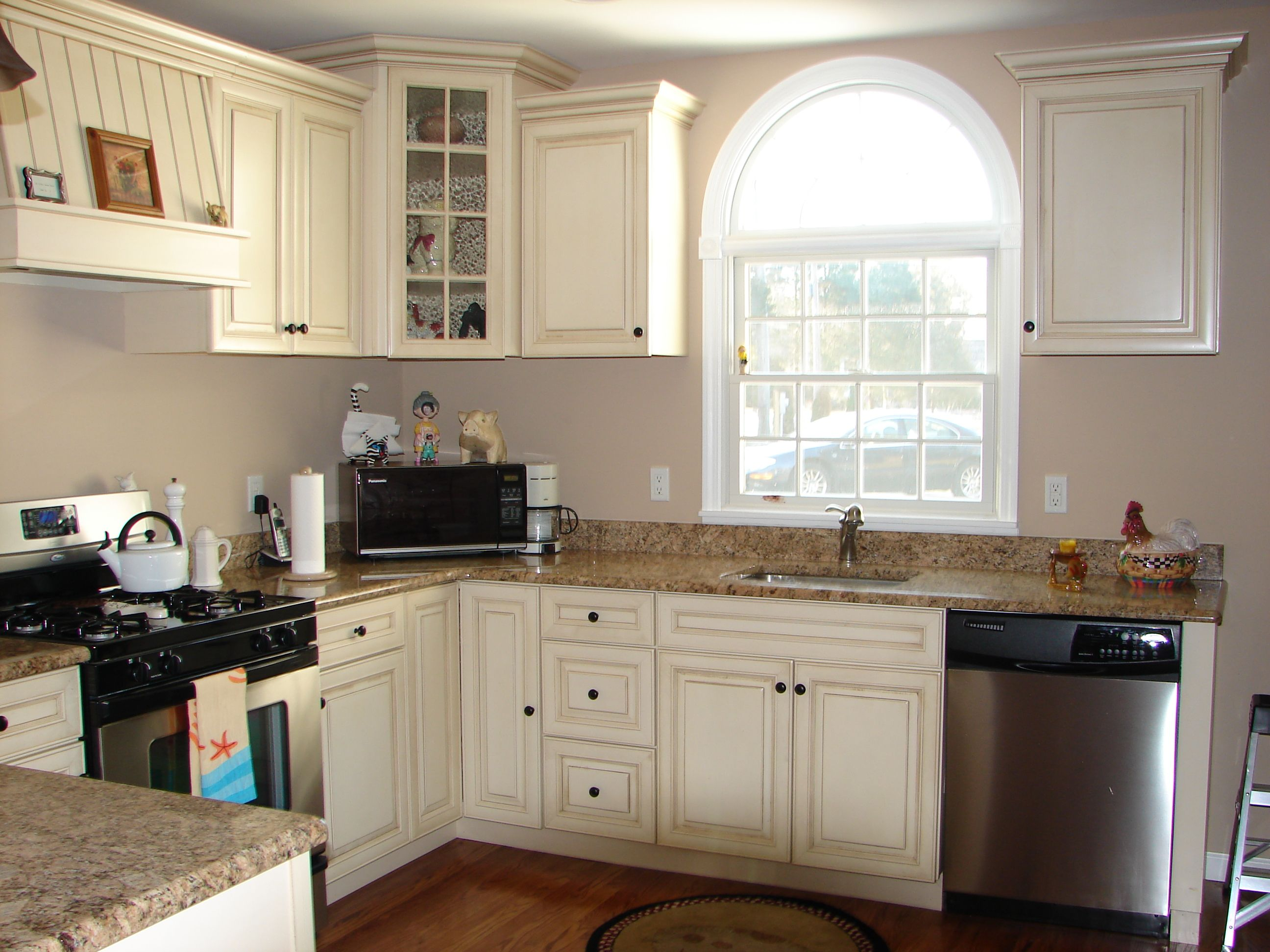 Gray walls with distressed cream cabinets, and pretty ...