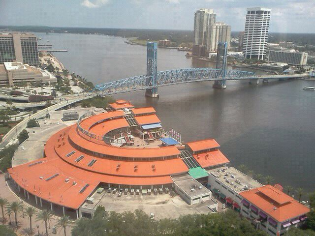 Great Views Of Downtown Jacksonville With A Variety Restaurants And Bars