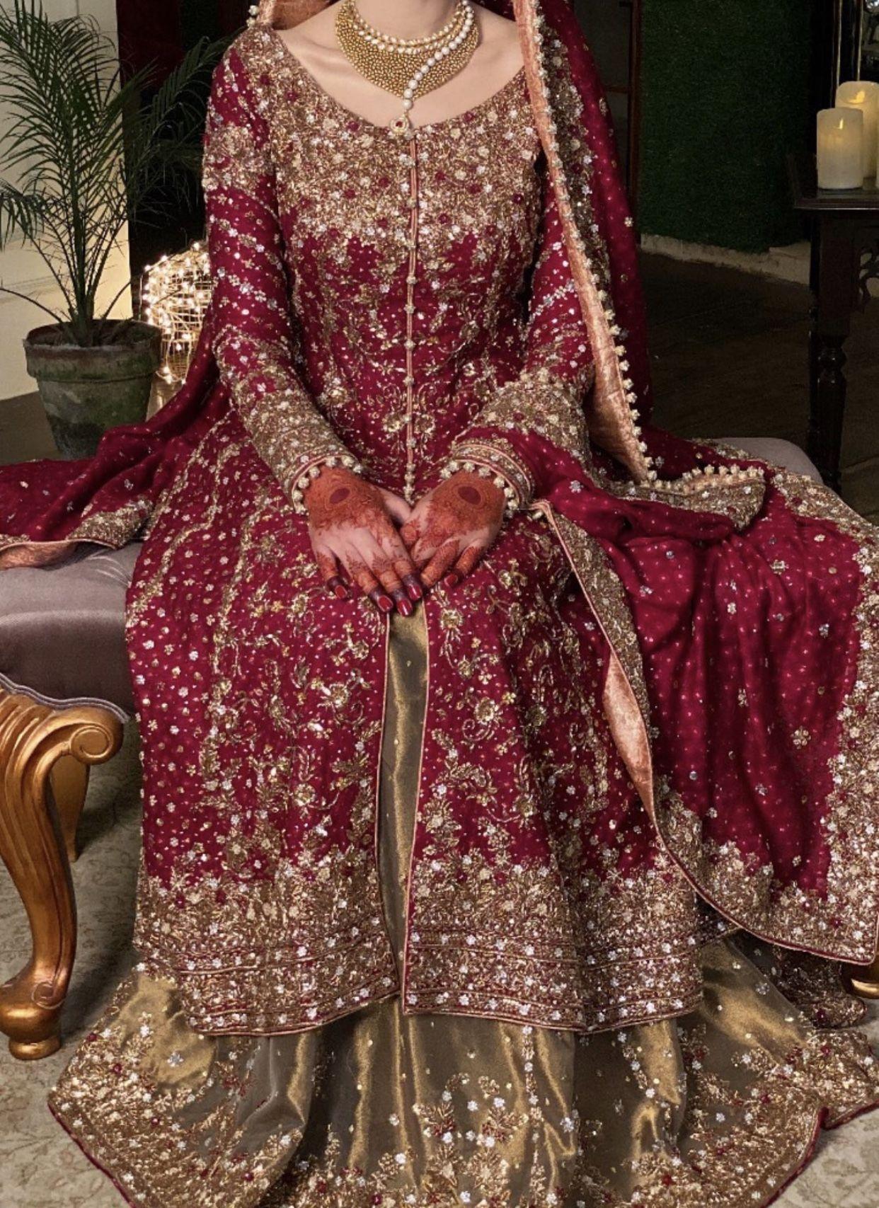 Baraat bride dress inspo in 17  Bridal dresses pakistan