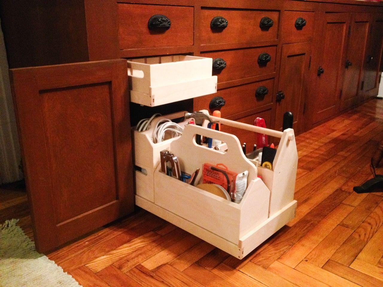 Garrett Glaser Builds Furniture