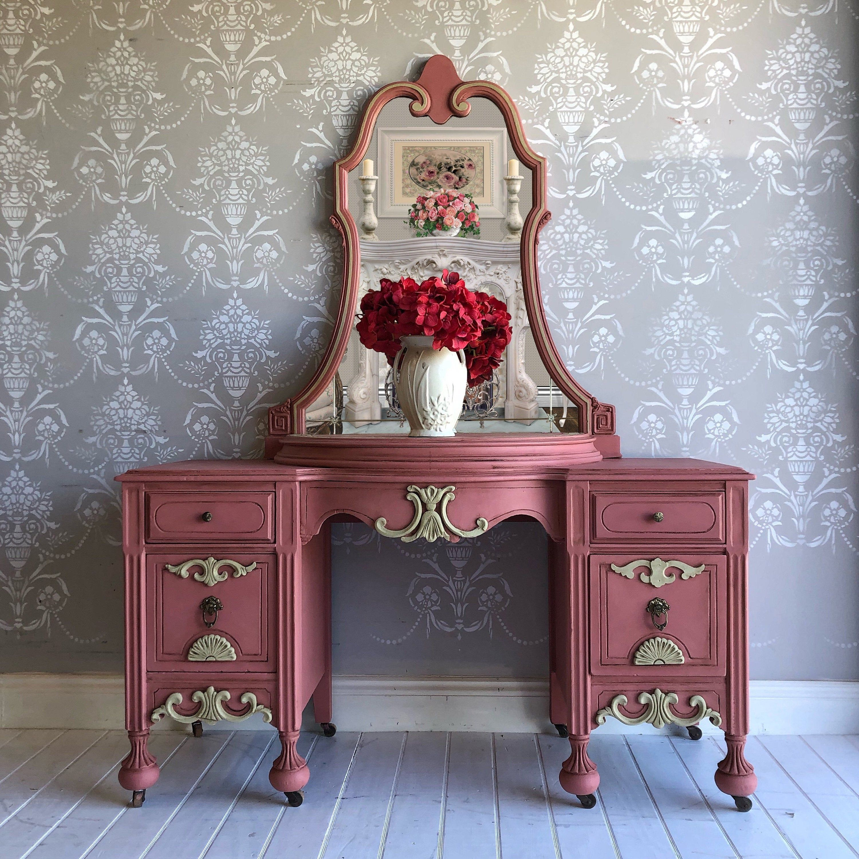 Pin By Reloved Home Designs Llc On Repurposed Furniture In 2020 Painted Table Painted Furniture Upcycled Vintage