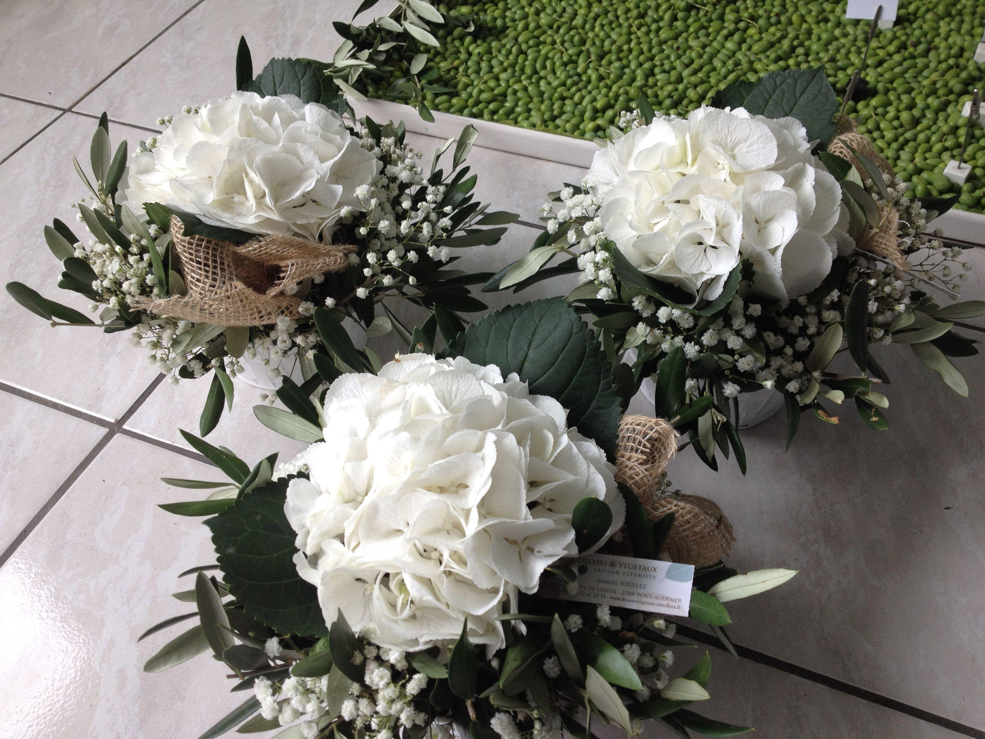 cr ations d cors v g taux mariage m diterran en a base d 39 hortensia blanc branche d 39 olivier. Black Bedroom Furniture Sets. Home Design Ideas