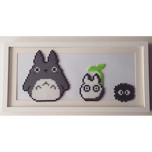 Totoro -aiheinen taulu hamahelmistä
