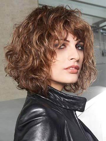 Angled Bob With Curls Hairstyles Wig Frisur Bob Locken Bob Locken Locken Frisuren