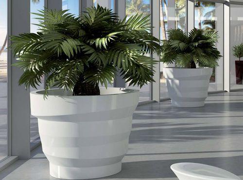 garden pot REBELOT by Matteo Ragni PLUSt COLLECTION by EURO 3 PLAST