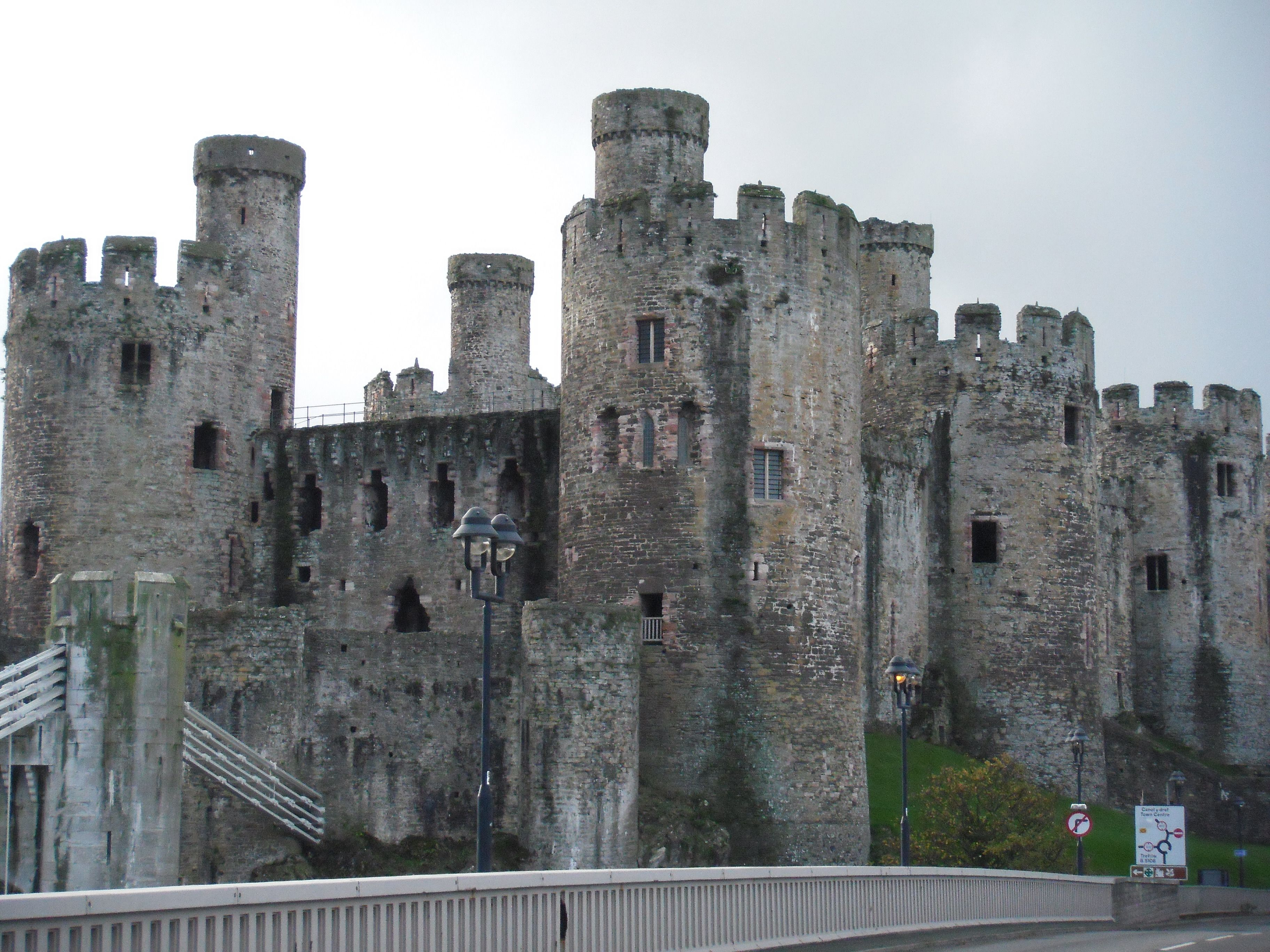 Medieval Ages Castles Conwy Castle With Images Medieval
