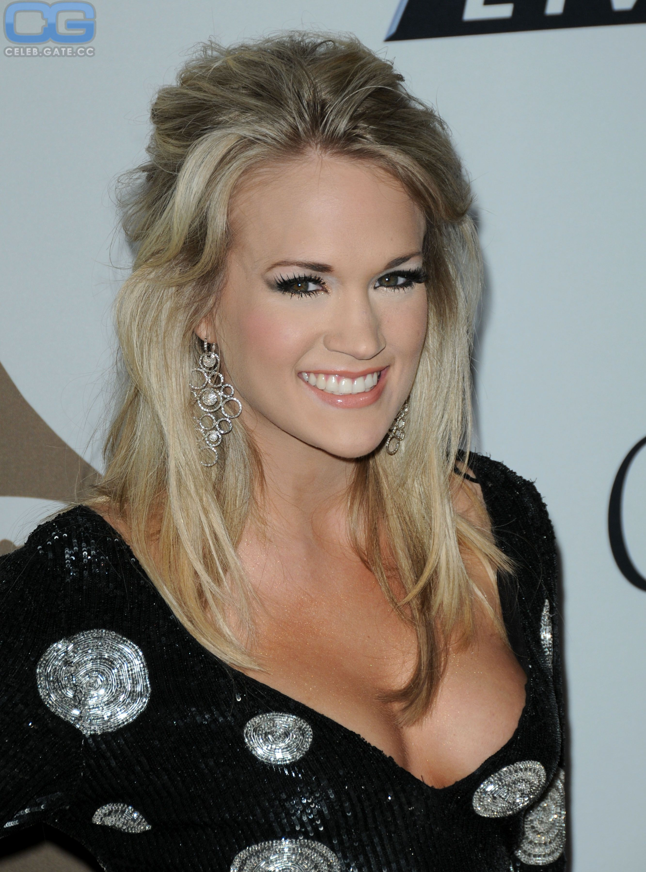 6fe2b54fb2a Country Artists, Country Music Singers, Country Music Stars, Carrie  Underwood American Idol,