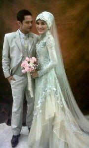 Gaun Pengantin Muslim Hijab Wedding Pinterest Muslim Gamis
