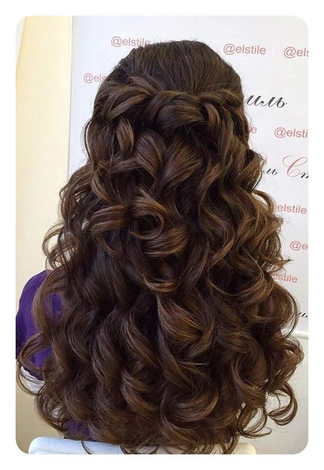 71 Peinados De Dama De Honor Unicos Para El Gran Dia Peinados Para Cabello Ondulado Peinados Poco Cabello Y Peinados Con Cabello Suelto