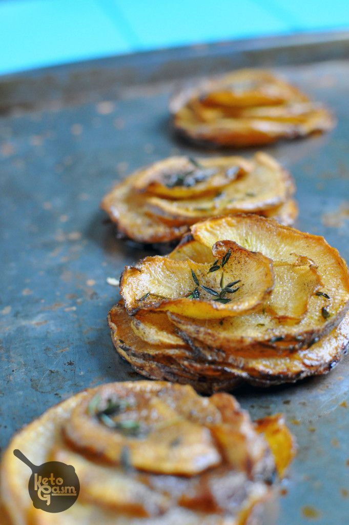 Pommes Anna made with Rutabaga // Ketogasm. Low carb, super cute, and the perfect size! #lowcarb