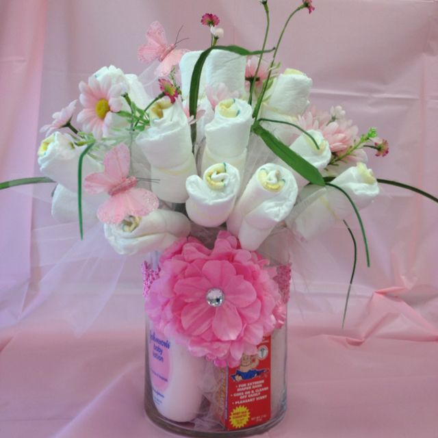 Washcloth flowers with baby bath needs below cute for baby girl baby shower gifts pinterest - Baby jungenzimmer ...