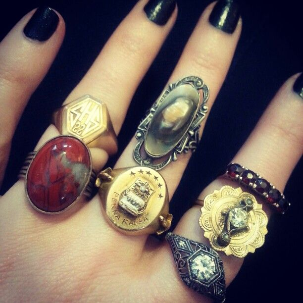 Antique and vintage class rings, stones and gold. By shopFiligree