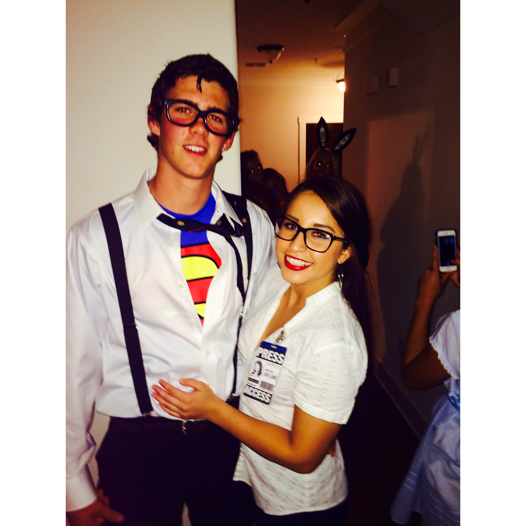 Easy DIY Couples Halloween Costume Clark Kent \u0026 Lois Lane