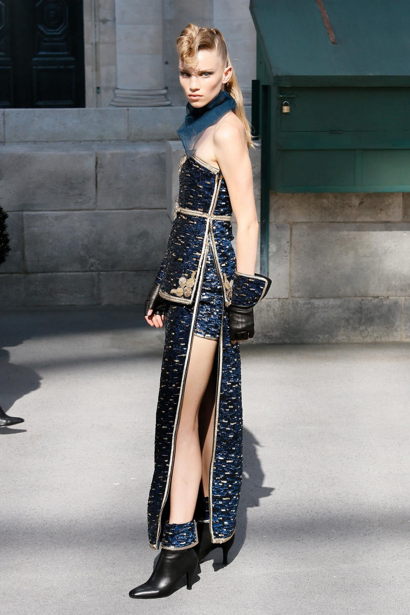 Chanel FallWinter 2015-2019 Collection – Paris Fashion Week