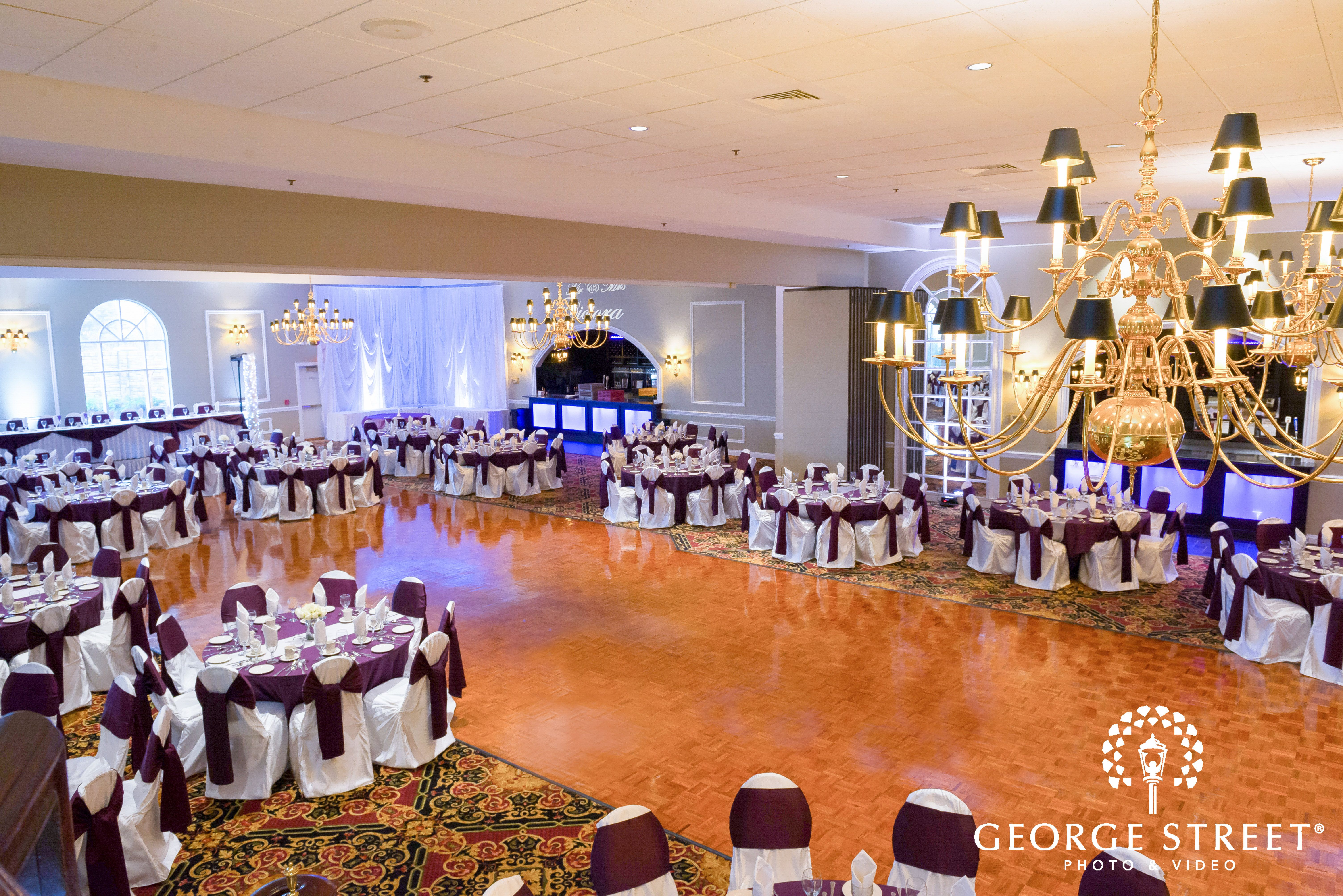 Tuscany Falls Banquets Formerly DiNolfos Now Offering 3 Decades Of Service Out The Most Up To Date Completely Renovated Wedding Venue