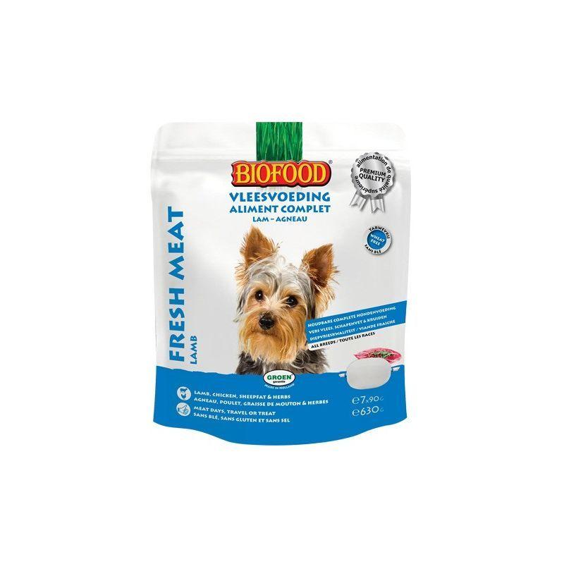 BIOFOOD a élaboré pour chaque chien un ALIMENT À LA VIANDE naturel, complet, et de longue conservation à base de viande fraîche. L' ALIMENT À LA VIANDE BIOFOOD est fabriqué à l'aide de vapeur et ne contient pas de sucre, ni blé, sel, antioxydant chimique, conservateur ou parfum, colorant et aromatisant. Vous pouvez servir l'aliment à la viande à température ambiante. Conserver les portions entamées au réfrigérateur, dans un emballage fermé (durée de conservation : environ 2/3 jours). 7 friandise