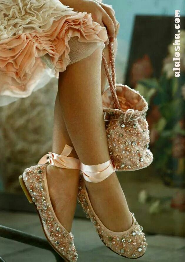 Pin & Insta: @lovesherworld 💜 | Shoes, Slides shoes, Cute