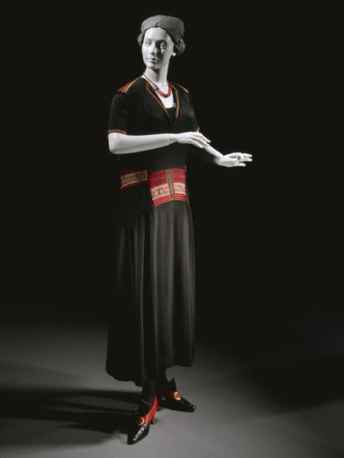 Dress Coco Chanel, 1921 The Los Angeles County Museum of Art