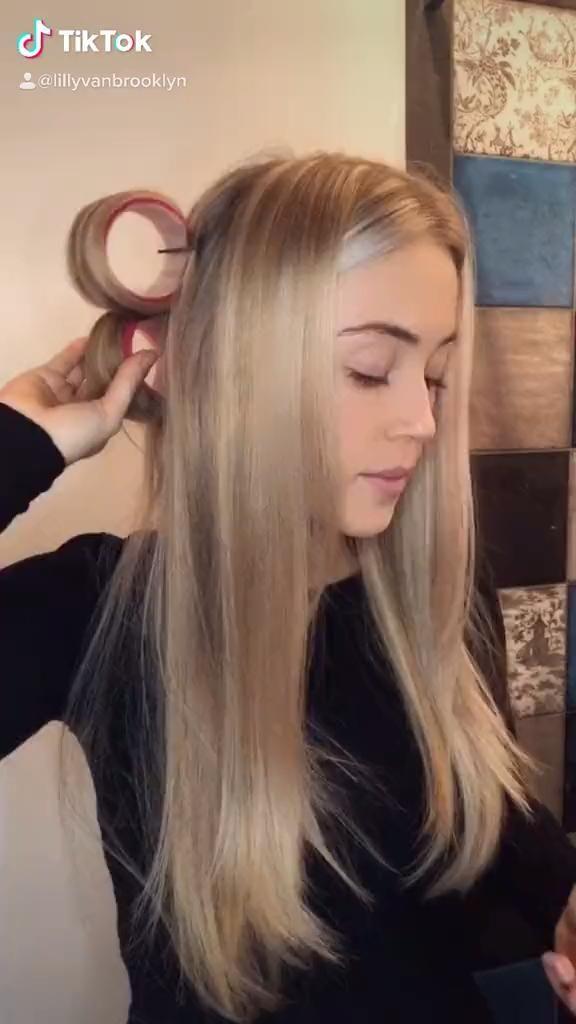 Pin By Heini Rantanen On Hair Styles Artistry Video Hair Styles Aesthetic Hair Curly Hair Styles