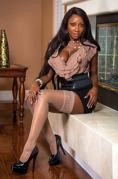 Ebony Shower Solo Female