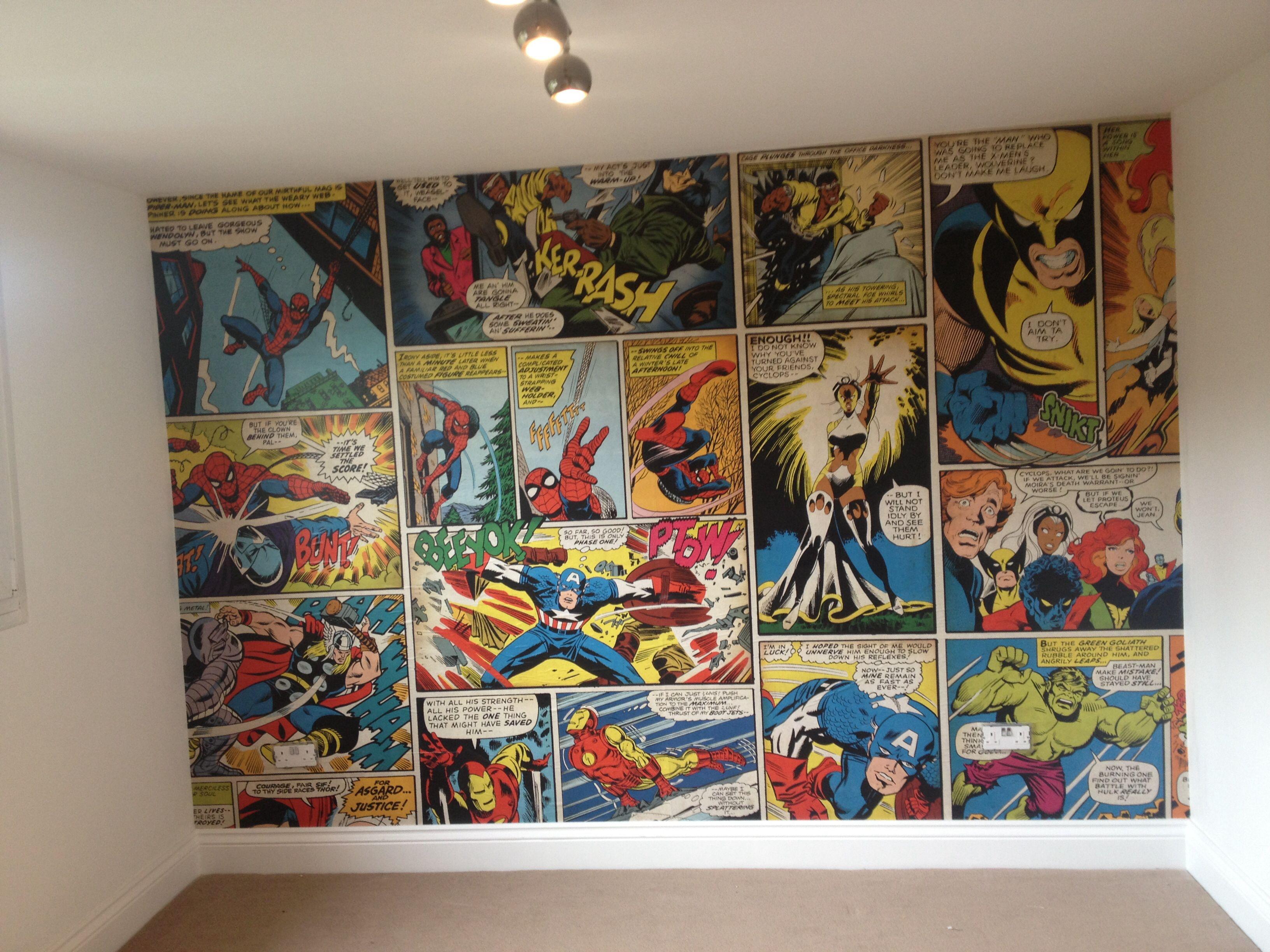 Marvel comic wallpaper, Ronnie's bedroom