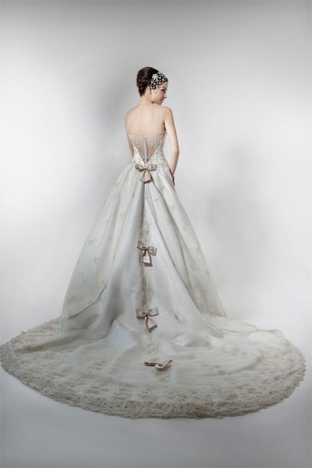 We Make Glamour Possible Gown Collections French Wedding Pte Ltd Singapore French Wedding Gown Europe Design Wedding Gowns French Wedding Designer Gowns