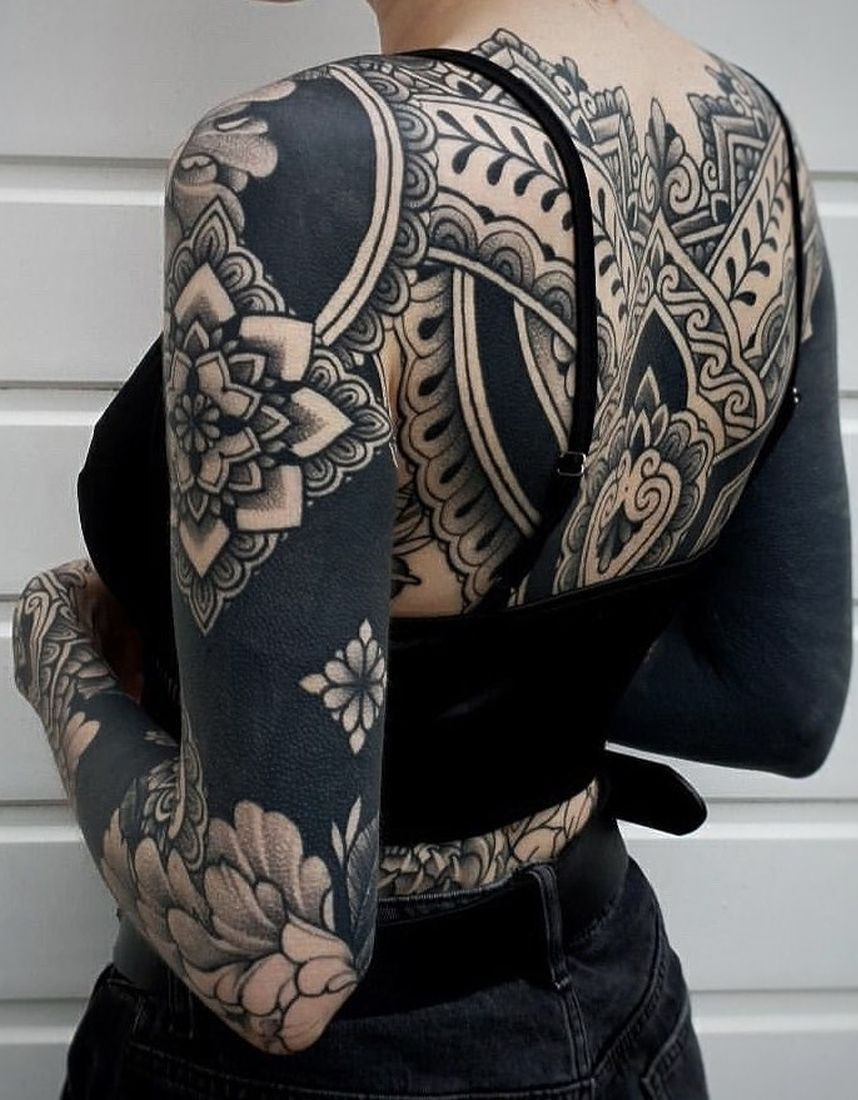 Photo of These Striking Solid Black Tattoos Will Make You Want To Go All In – Homemade Tattoo 2020