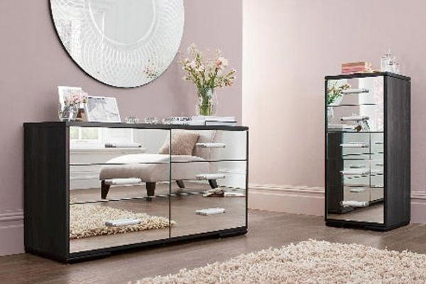 Superbe Iu0027m OBSESSED With Mirrored Bedroom Furniture!
