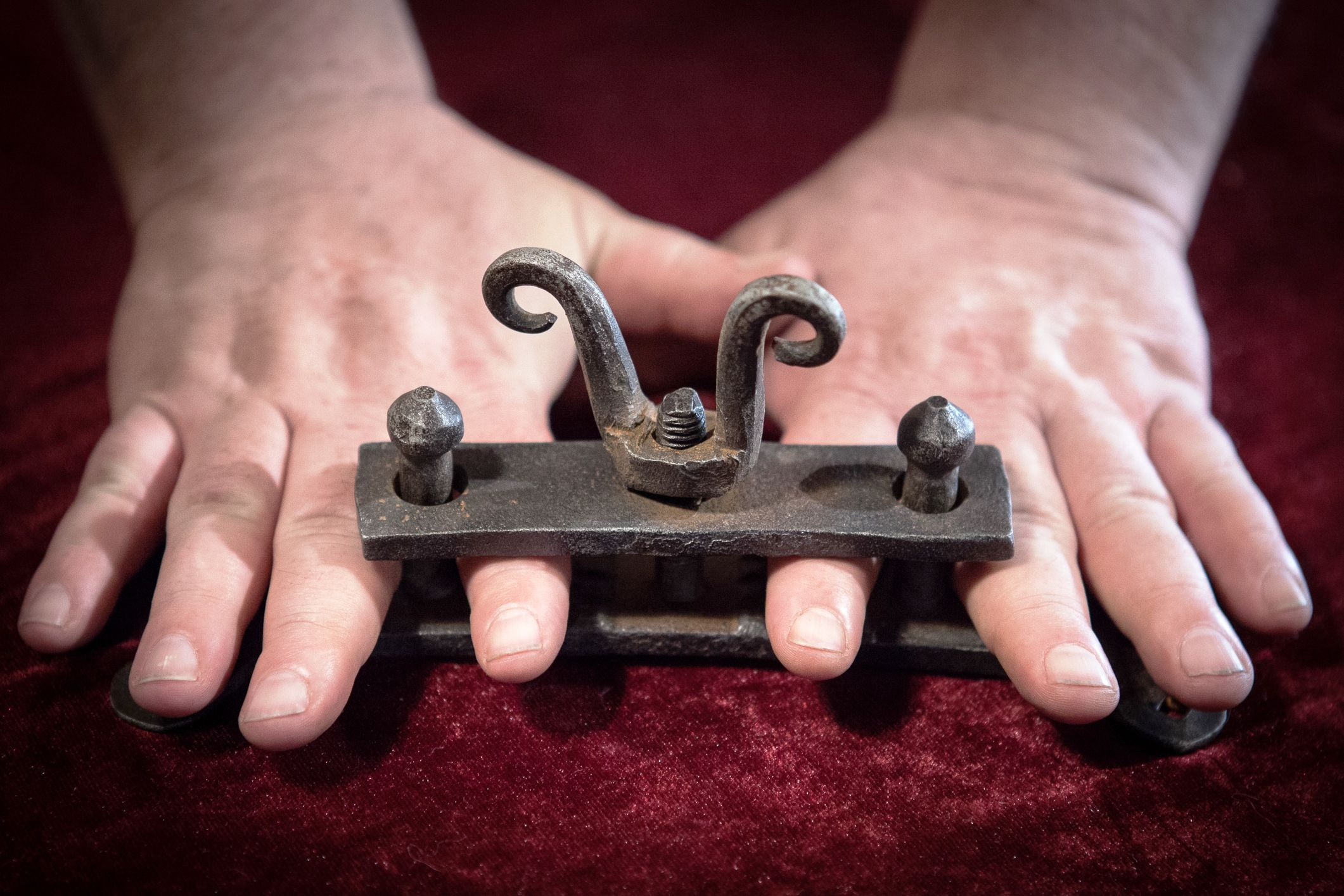 A set of finger screws such as this one was designed to elicit confessions