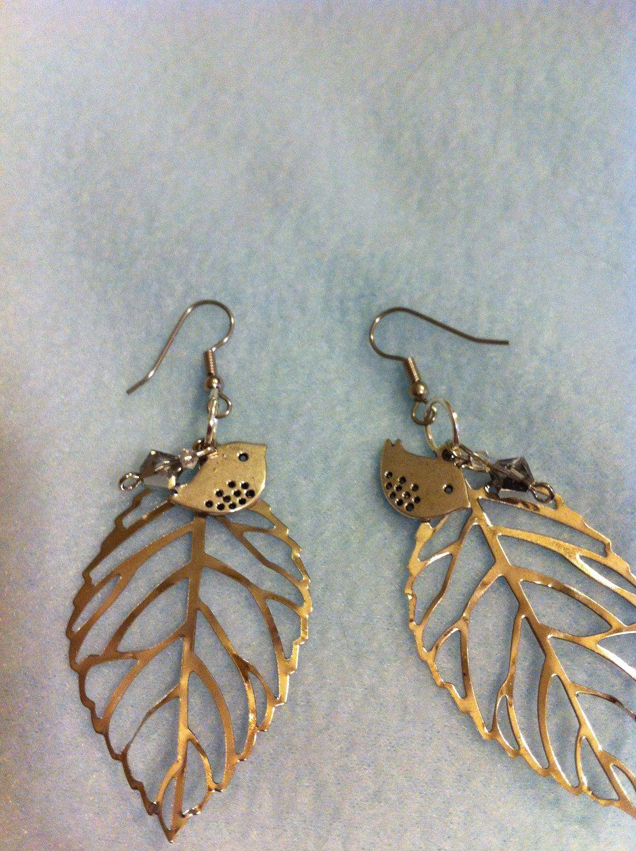 Potete trovare tutto il materiale per crearli su www.mondobigiotteria.com