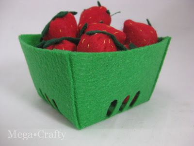 Mega•Crafty: Felt Food Strawberries with Free Berry Container Template