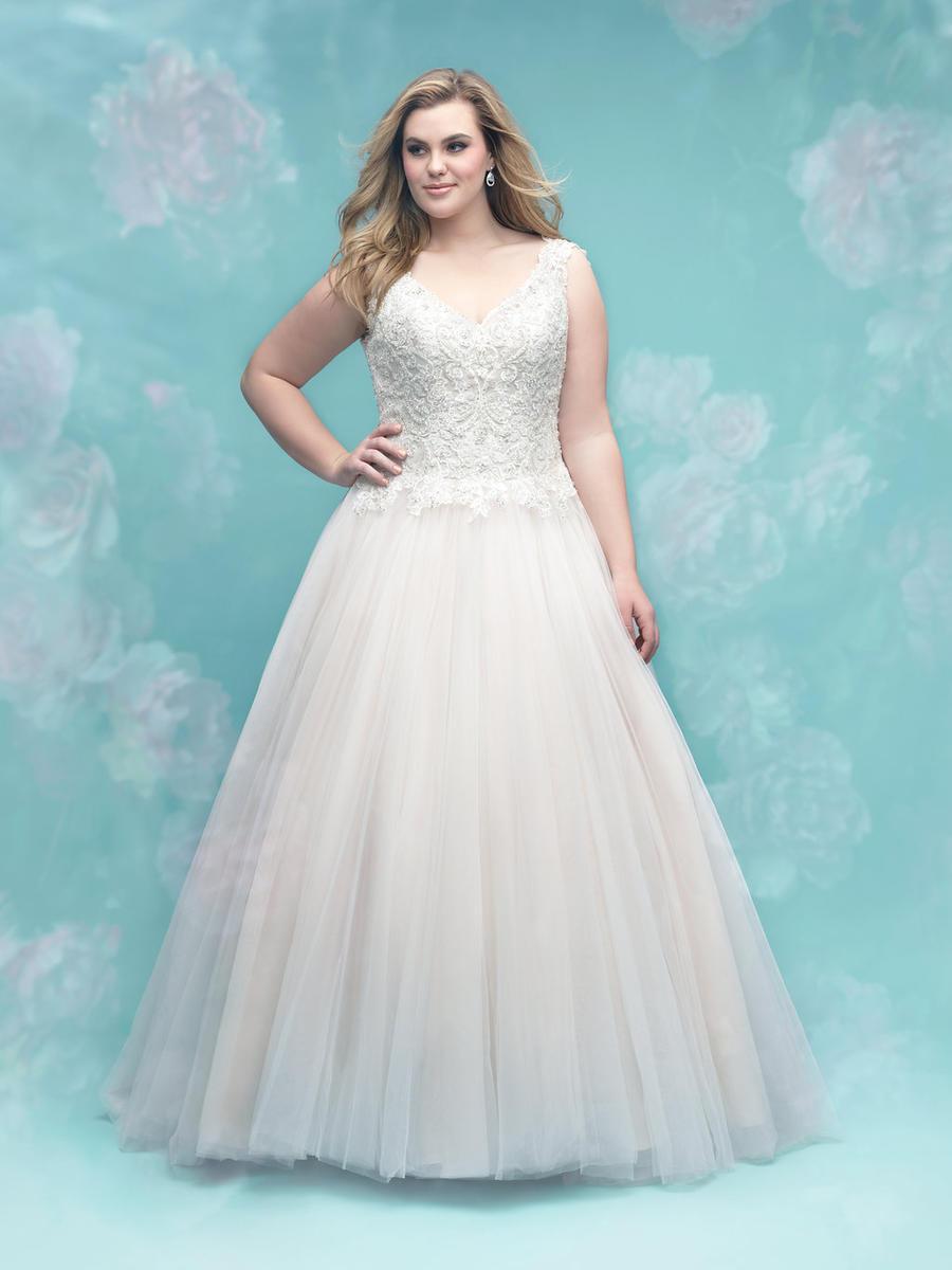 Discontinued Bridal Gowns On Sale Allure Bridal Women Size Colleciton W403 Ella Park Bridal Allure Bridal Bridal Gowns Plus Size Wedding Gowns [ 1200 x 900 Pixel ]