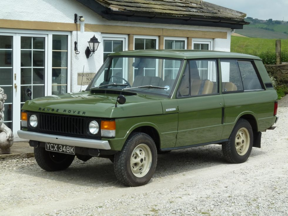 """YCX 348K – 1971 Classic Range Rover – 2 Door Suffix A – Extremely Original 55,000 miles from new Tax exempt 3 owners from new Fully documented history For those of us old enough to have been around in 1971, we will remember the charts filled with an eclectic mix of music – """"Grandad"""" (Clive …"""